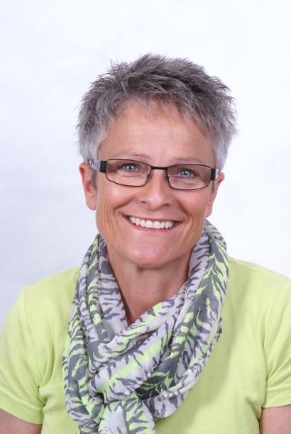 Rosmarie Arpagaus, tgirunza da casa