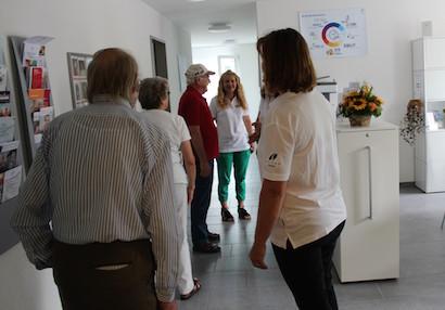 Viele Besucherinnen und Besucher wollen die neuen Räume sehen.