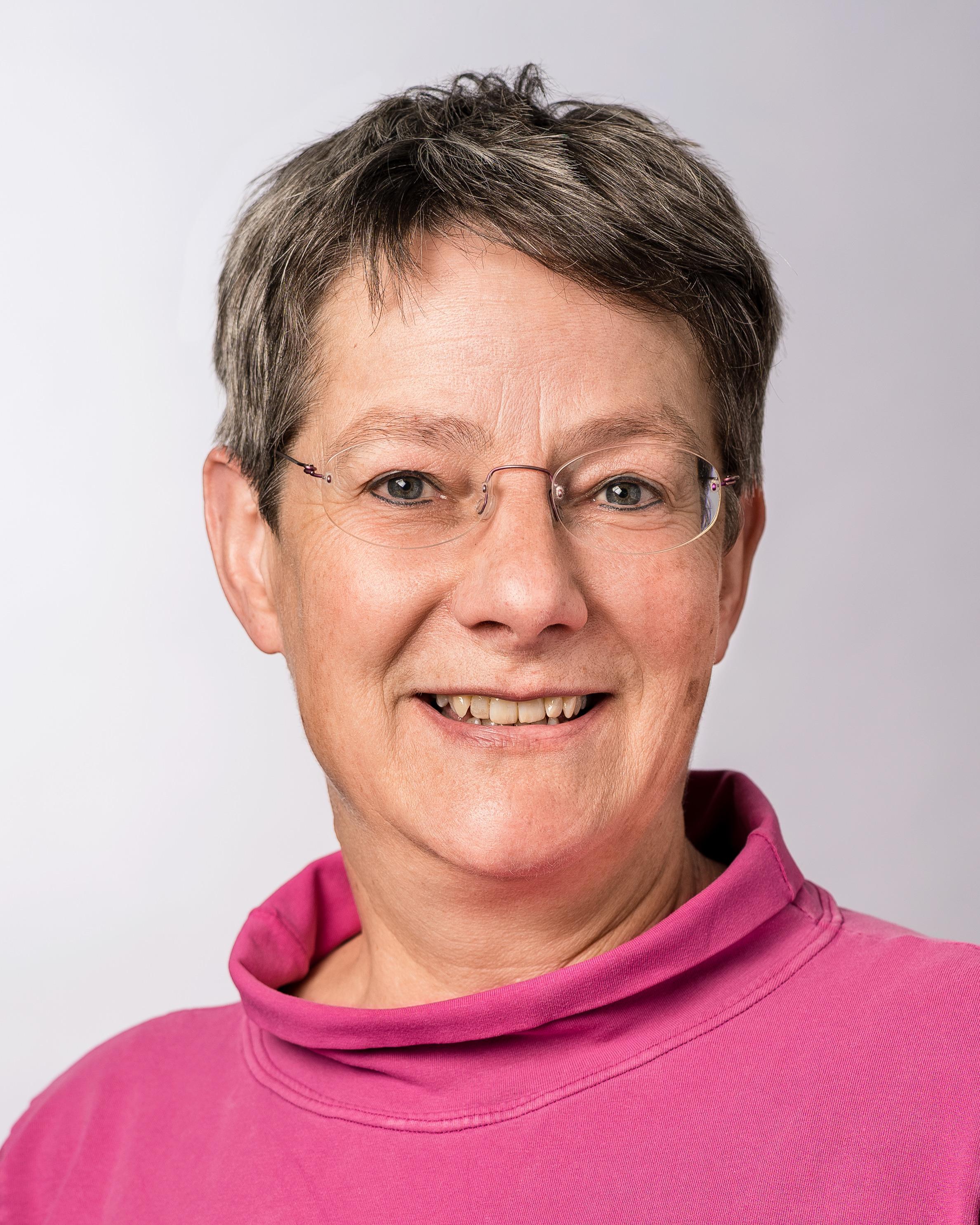 Christine Zbären