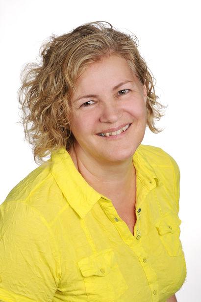 Yvonne Moos Leiterin Finanzen und Administration